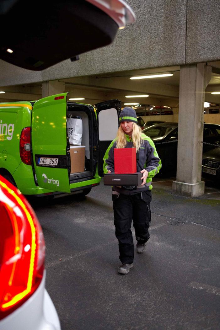 Volvo Pilots Ground-Breaking 'Roam Delivery' Service