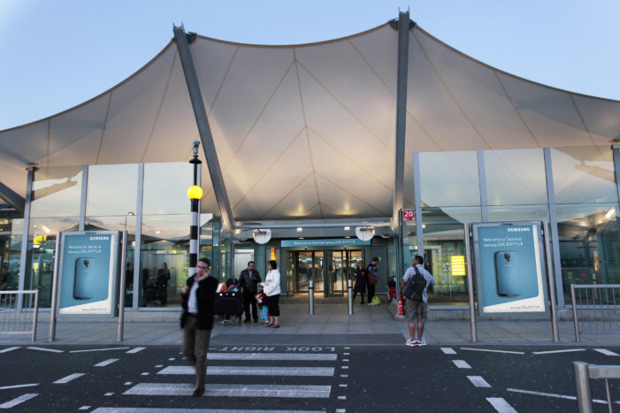 Cheil UK Helps Samsung Stage First Ever Brand Takeover of Heathrow T5
