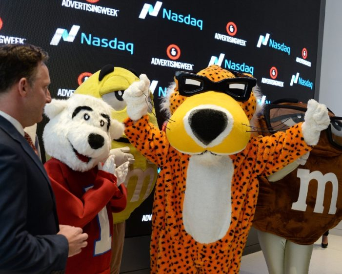 Chester Cheetah Inducted into Madison Avenue Walk of Fame