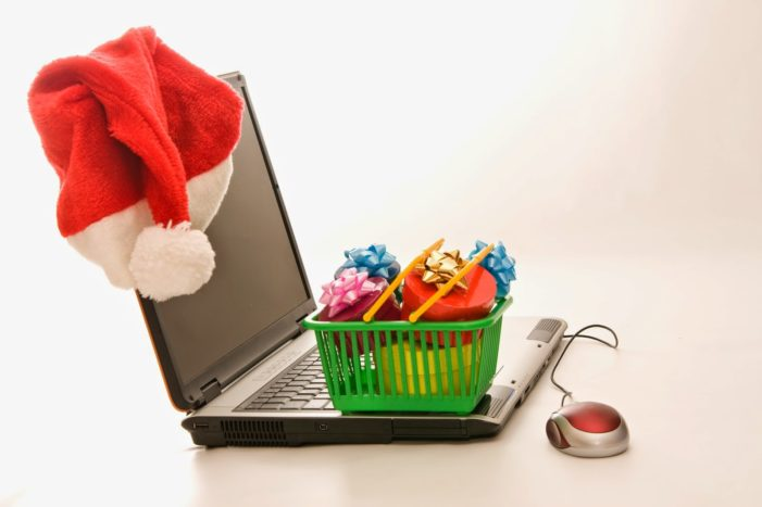 Almost Half of Christmas Gifts Will Be Bought Online in the UK