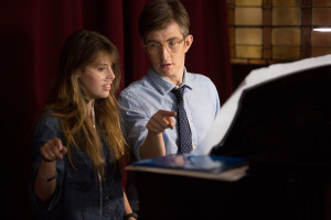 Gareth-Malone-helping-Claire-sing