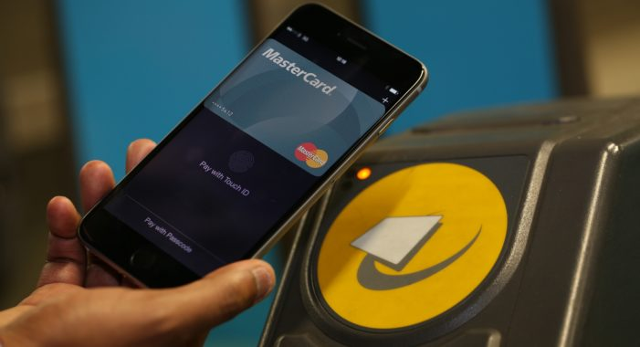 Mastercard Offers Free Tube Travel to Apple Pay Users