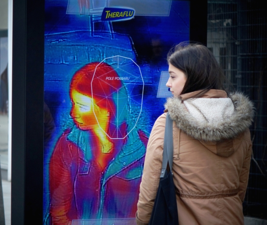 Saatchi & Saatchi Reveals First Outdoor Ad That Can Measure Your Temperature