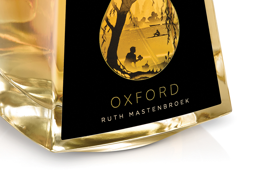 WMH-RUTH-MASTENBROEK-PERFUME-OXFORD-CLOSE-UP-BOTTLE-RGB-LOW-RES