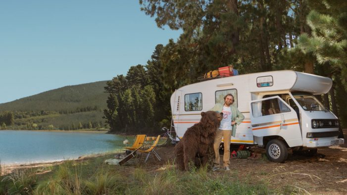 'Tame That Bear' with emergency cash, says Sunny in new campaign by Brothers and Sisters