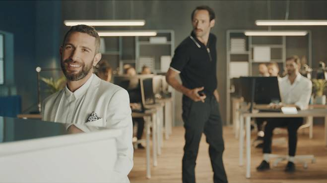 Samsung Galaxy Note9's new ad by Leo Burnett Israel will get you some perspective on life