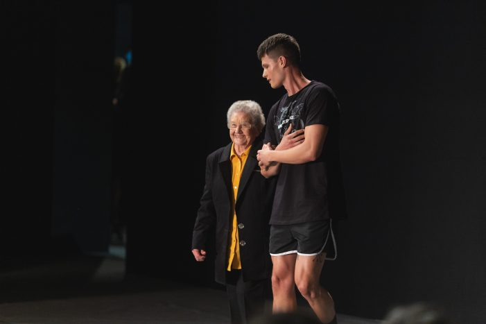 Comfort made 87-years-old lady become the star of the runway in Sao Paulo Fashion Week
