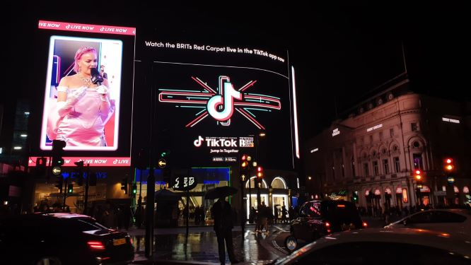 Projections, Murals, Wraps, & Live Streams, Immerse London as TikTok Celebrates the BRIT Awards